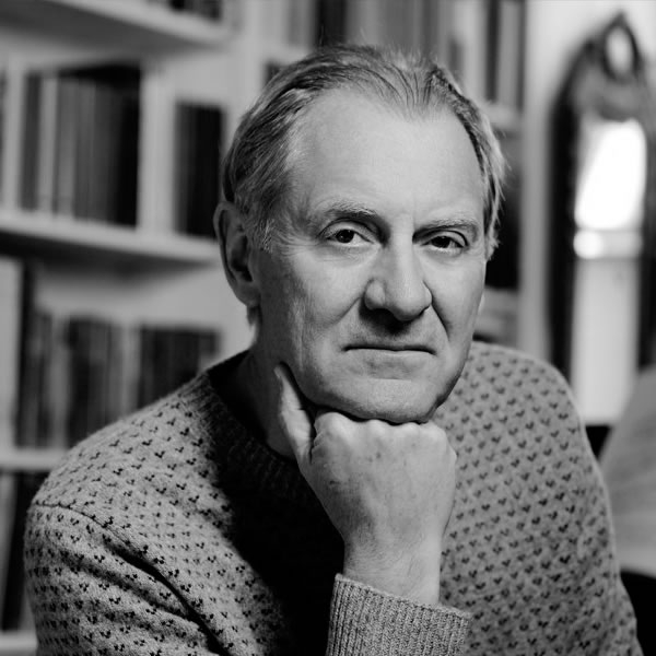 Sir Andrew Motion awarded the 2014 Wilfred Owen Poetry Award