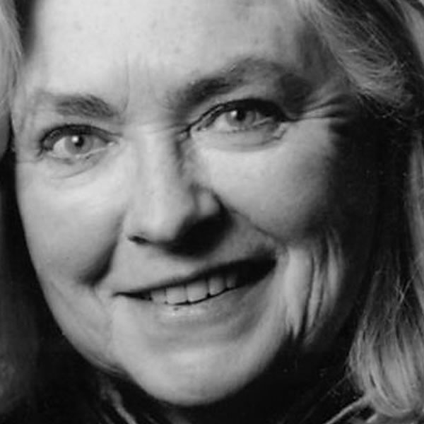 Gillian Clarke awarded Queen's gold medal for poetry.